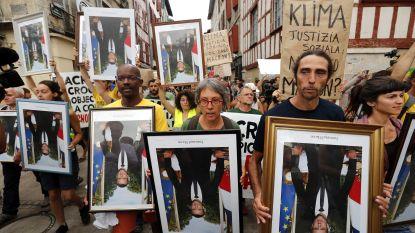 """Protest in marge van G7-top viseert Emmanuel Macron: """"Kampioen van de blabla"""""""