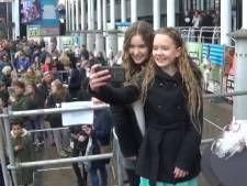 Supergaaf: Een selfie met je eigen YouTube-ster