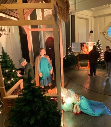 Verwoestende brand dunt kerststal in Stevenskerk uit tot alleen Jezus, een herder en Maria