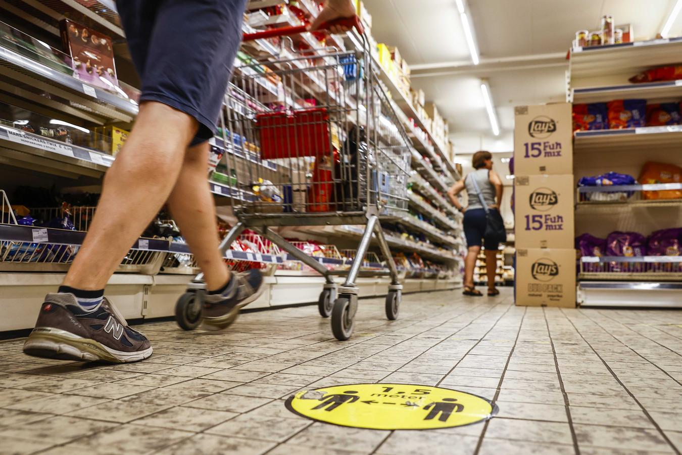 Coronamaatregelen in supermarkt Berning.