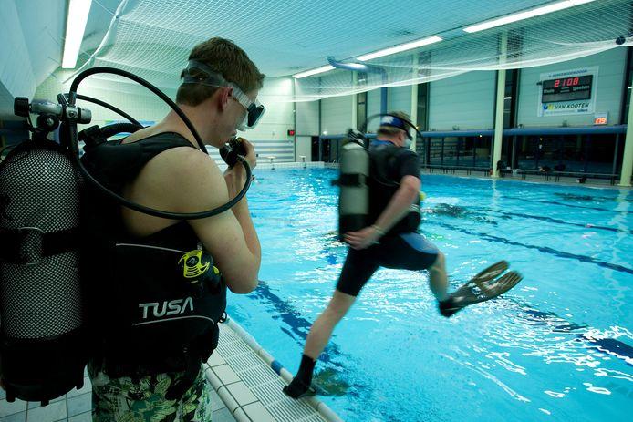 Alle doelgroepen kunnen straks terecht in het nieuwe zwembadcomplex. Ook de duikers van duikvereniging Galathea kunnen naar de gewenste dieptes afdalen