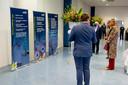 Koningin Maxima krijgt een rondleiding bij het Veenendaalse Info Support