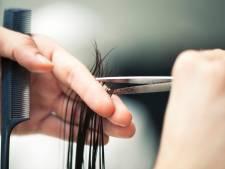 Noodlijdende kappers komen in actie voor heropening en extra noodsteun: 'Soms denk ik: waarvoor kom ik uit bed?'