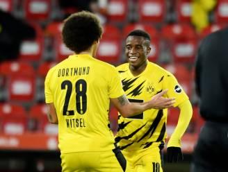 Toptalent Moukoko trapt zich de geschiedenisboeken in, Dortmund gaat wel onderuit tegen Union Berlin