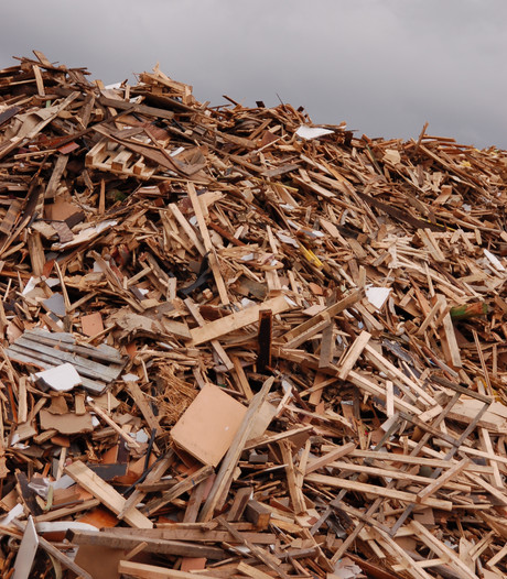 Hellinga moet houtshredder in Steenwijk stopzetten