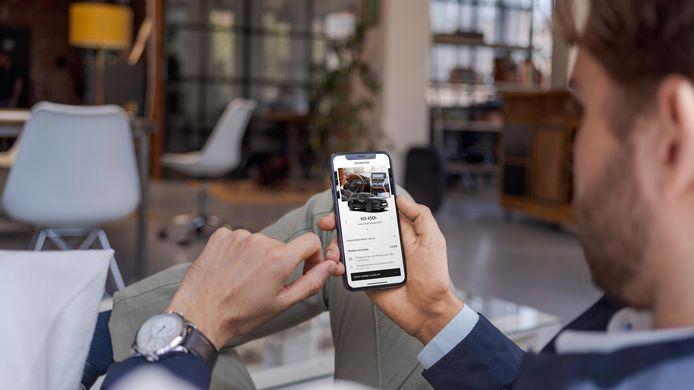 Lexus regelt het abonnement via een app.