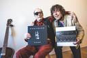 Paul Couter met zijn 'zoon' Joris Claes en zijn laatste album.