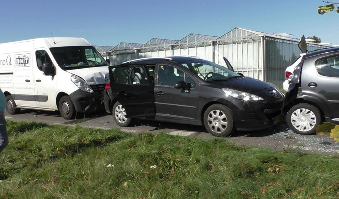 Veel schade bij een kettingbotsing tussen Zutphen en Voorst