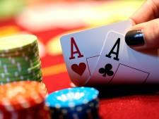 Politie na stopzetten illegaal pokertoernooi in stiekem geopend restaurant: 'Meerdere zaken op de korrel'