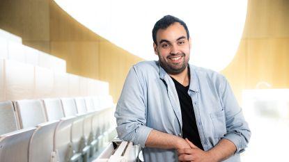 """Komiek-ondernemer Kamal Kharmach helpt bedrijven in nood: """"Als er ontslagen vallen, kan je geen mopjes maken"""""""