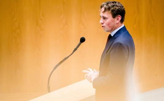 PvdA-Kamerlid Henk Nijboer bij de belastingbesprekingen. Hij probeerde om woningcorporaties een uitzonderingspositie te geven, maar kreeg geen meerderheid voor dat plan.