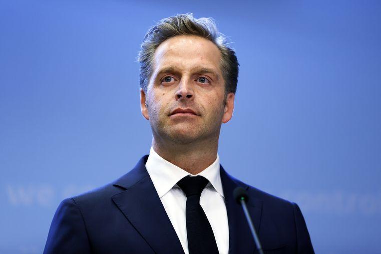 Demissionair minister Hugo de Jonge (Volksgezondheid, Welzijn en Sport) tijdens een persconferentie.  Beeld ANP