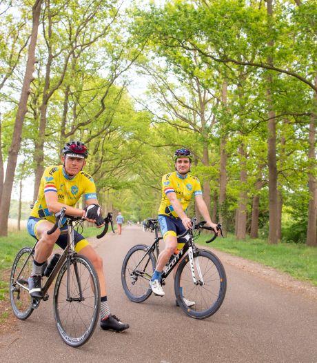 Oproep Almelose wielervereniging: 'Toon een beetje begrip en hou je als fietser aan de regels'