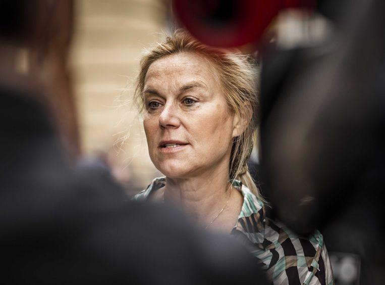 Sigrid Kaag, demissionair minister van buitenlandse zaken én van buitenlandse handel en ontwikkelingssamenwerking, komt aan op het Binnenhof voor de wekelijkse ministerraad.  Beeld ANP