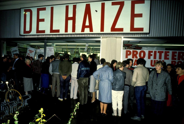 De Bende sloeg in november 1985 voor een laatste keer toe in de Delhaize van Aalst. Het was het trieste hoogtepunt van een reeks bloedige overvallen. Beeld photo_news
