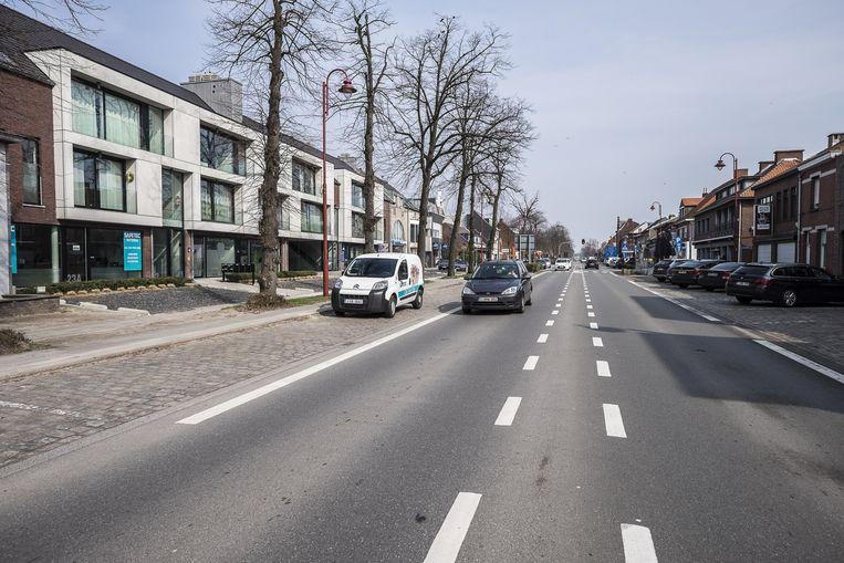 Archiefbeeld van de Dorpsstraat in Stabroek.