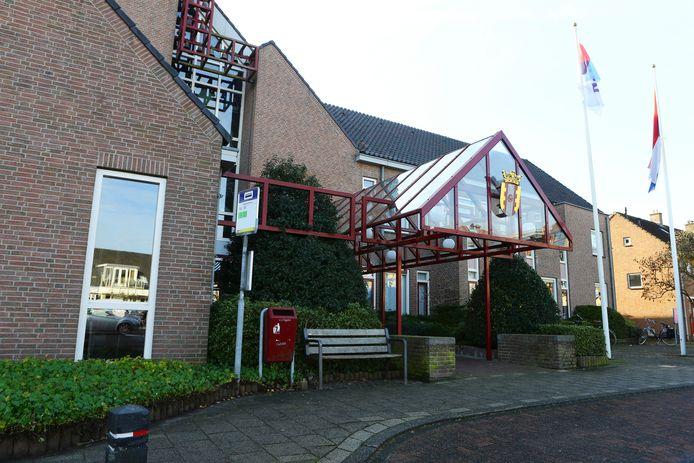 Het gemeentehuis van Vijfheerenlanden in Meerkerk.