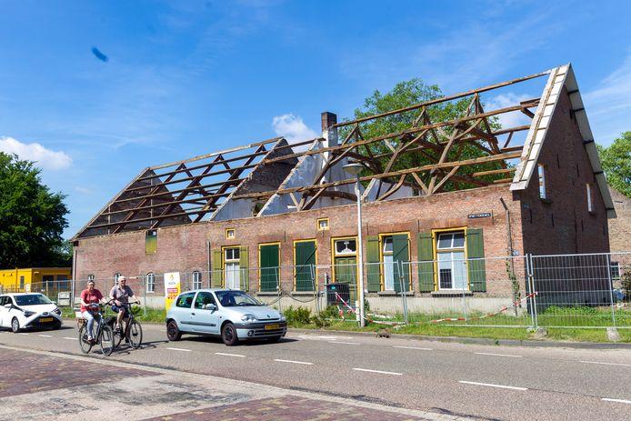 De boerderij aan de Opwettenseweg 132 in Nuenen. Dit monument mag verbouwd worden
