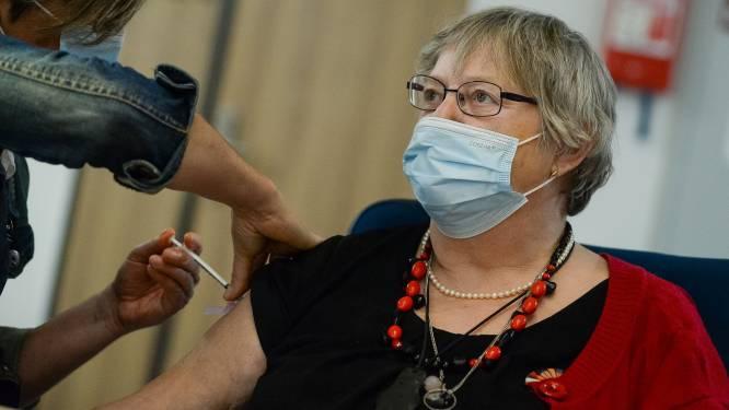 """Meetjesland krijgt 19.000 vaccins voor komende twee weken: """"Aantal zal steeds sneller stijgen, met piek tegen half mei"""""""