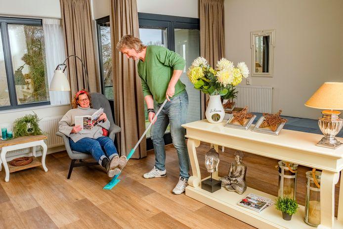Marie-José van Hussen en Eddy Wakker zijn de oprichters van de Steun en Toeverlaat Residentie, die in april dit jaar de deuren opent in het voormalige verzorgingshuis van Gerardus Majella aan de Bozenhoven in Mijdrecht.