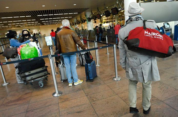 Reizigers op Brussels Airport. Ter illustratie.