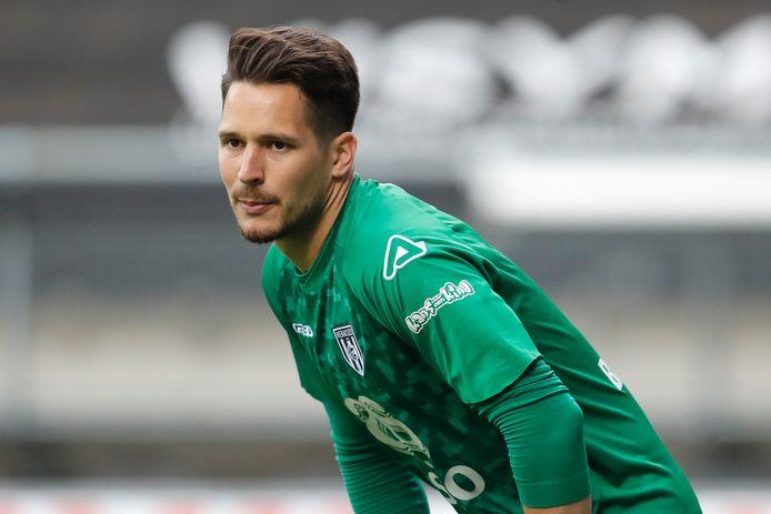 Doelman Janis Blaswich blijft nog een seizoen bij Heracles.