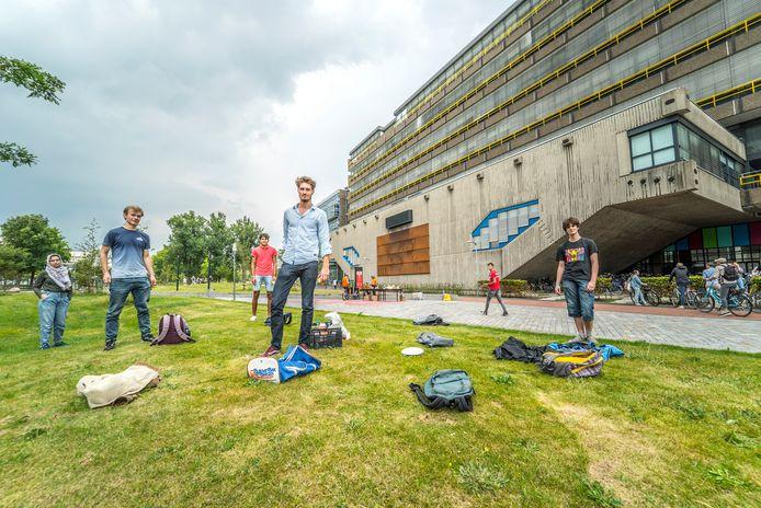 Eerstejaars studenten van de TU Delft probeerden tijdens de ontvangstweek de coronaregels goed in acht te nemen.