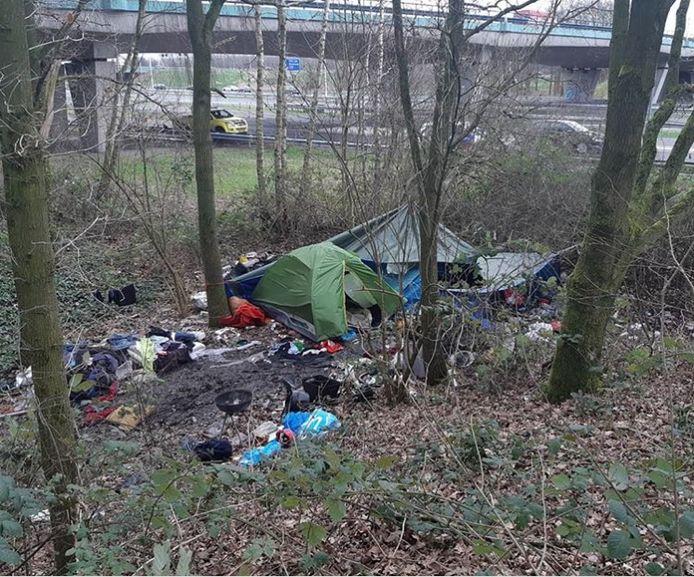 Een voormalig tentenkampje langs de A27 bij Utrecht.
