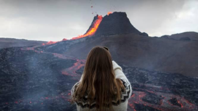 """Vulkaanuitbarsting IJsland kan nog jaren aanhouden: """"Het is de perfecte uitbarsting voor toeristen"""""""