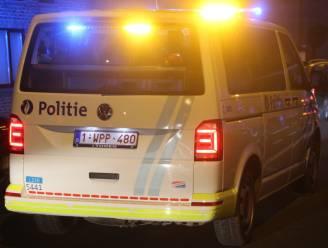 Politie treft 14 personen aan in tuin: boete van 250 euro voor alle aanwezigen