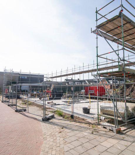 Almelo snijdt woningspeculanten de pas af; koper nieuw huis moet er zélf gaan wonen