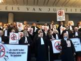Advocaten staken uit woede om bezuinigingen minister Dekker