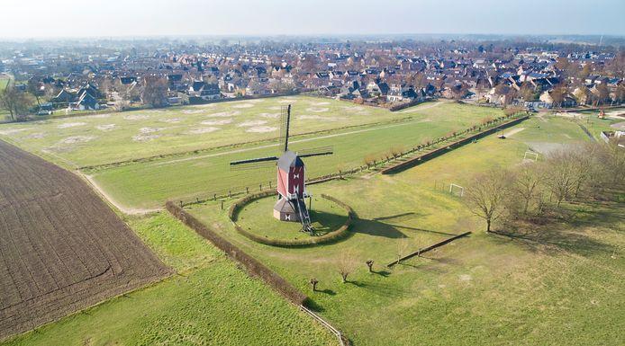 Na jaren van krimp wordt op het platteland weer volop gebouwd. Zo komt er ten zuiden van Geffen een nieuwe wijk met ruim 200 woningen.