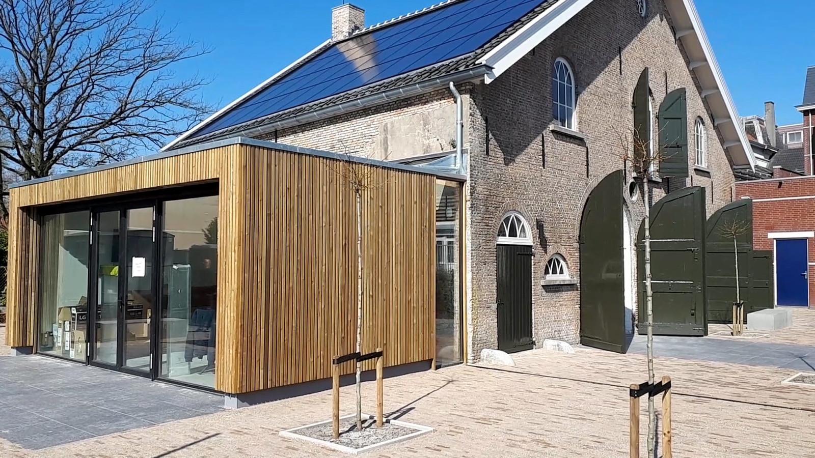 Koetshuis na verbouwing in  Roosendaal