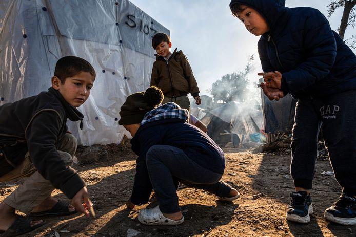 Momenteel zitten er naar schatting meer dan 20.000 vluchtelingen op het Griekse eiland Lesbos.