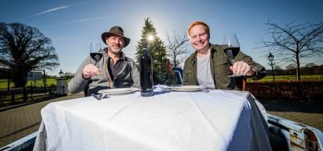 Nieuw initiatief restaurants in Dinkelland: 'Veurn en ett'n om contact met gast te houden'