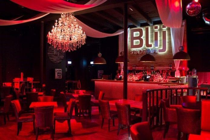 Stadscafé Blij organiseert vanaf zaterdag 5 januari een wekelijkse dansavond voor lesbische vrouwen, homoseksuele mannen, biseksuele-, transgender- en intersekse personen.