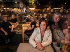 Voorzichtig verjaardagsfeestje voor Brass Boer Thuis van Jonnie en Thérèse: 'Knallen tot het eind van het jaar'