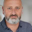 Bart Houx (48) heeft z'n huis al verkocht, maar de kopers willen wachten tot het nieuwe jaar met de overdracht.