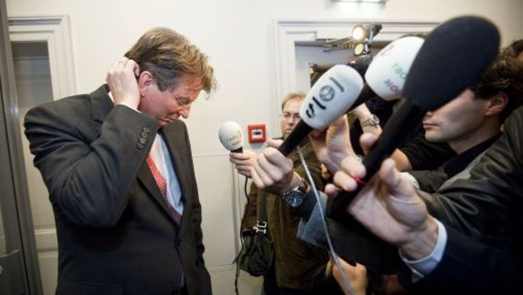 Arend Jan geeft een korte verklaring aan de pers, nadat hij is opgestapt als Tweede Kamerlid. Foto ANP Beeld