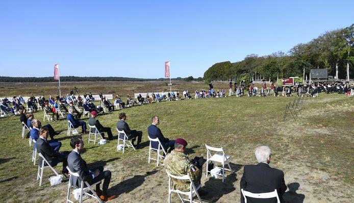 Sobere herdenking op de Ginkelse Heide in coronajaar 2020.