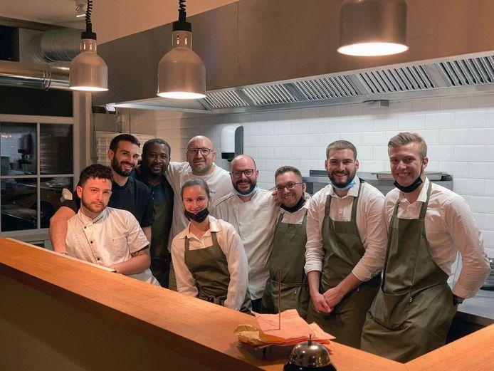 Het team van Ristorante Guzzi bezorgt de klanten een authentieke ervaring, al kan het wel een beetje rumoerig worden in de binnenruimte maar ook dat heeft een zekere Italiaanse charme.
