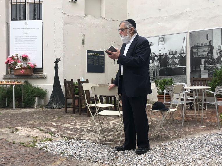 Albert Guigui, opperrabbijn van Brussel, bij de herdenking van de zesde verjaardag van de aanslag in het Joods Museum op 24 mei  Beeld BELGAONTHESPOT