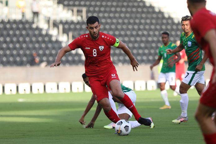 Farshad Noor in actie voor het nationale elftal Afghanistan.