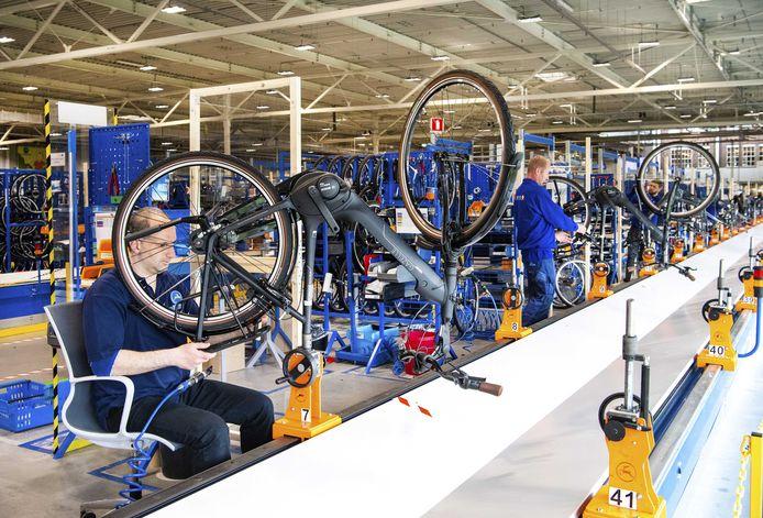 Fietsenfabrikant Gazelle draait op volle toeren om aan de vraag te voldoen.