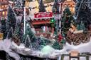 De kerstbomenverkoper ontbreekt niet.