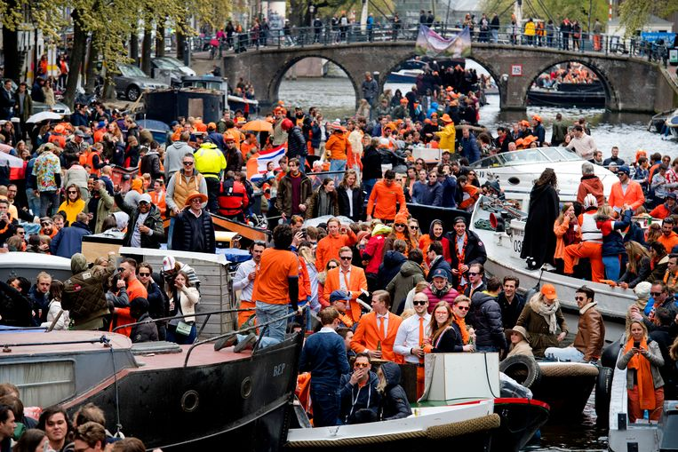 Prinsengracht during King's Day  Beeld ANP