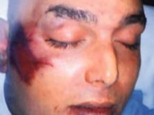 'Mijn zoon is gemarteld in Nederlandse politiecel'