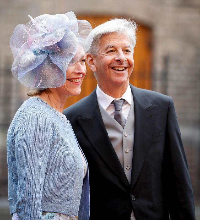 Ronald Plasterk arriveert met zijn vrouw bij de Ridderzaal op Prinsjesdag. Beeld anp