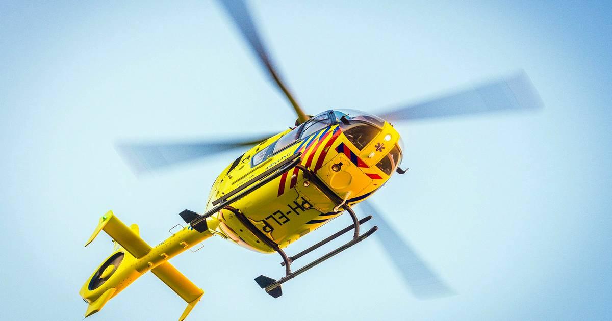 Man uit Ahaus ernstig gewond bij ongeval: geschept tijdens oversteken.